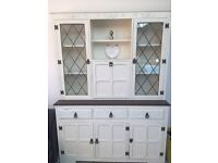 Stunning dresser sideboard in Ivory and wood