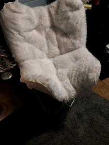 Brand new white butterfly chair
