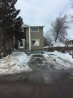 Five bedroom house close to Con College and Lakehead U