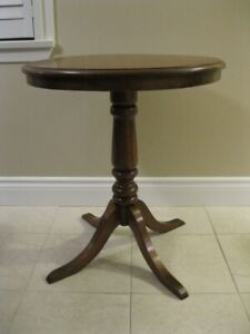 Oak Pedestal Side Table
