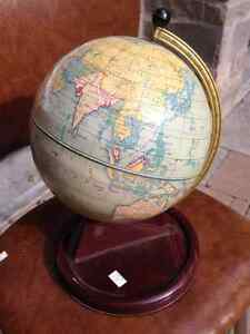 VINTAGE SMALL GLOBE CHAD VALLEY MADE IN ENGLAND - PARKER PICKERS