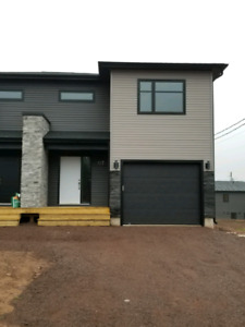 Executive 3 bedroom 2.5 bath semi with garage