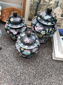 Vintage Chinese vase set