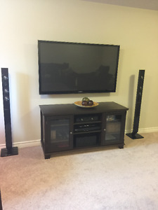Plasma 3D Smart TV with surround sound and Blu Ray system