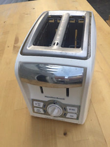 Perfect condition Microwave, toaster, kettle, and coffee maker