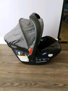 Britax B Safe 35 Elite Car Seat & Base