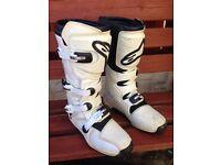 Alpine stars tech 3 motocross boots
