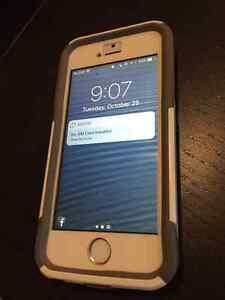 iPhone 5s 16GB Silver - Bell Kitchener / Waterloo Kitchener Area image 1