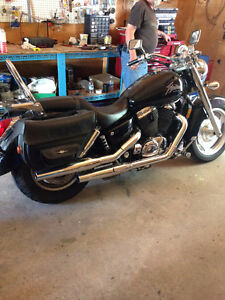 2001 Honda Shadow 1100 Sabre