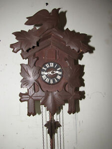 Cuckoo clock in mint condition. Smaller size!