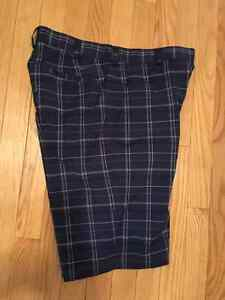 NIKE GOLF DRIFIT MENS SHORTS SZ 30