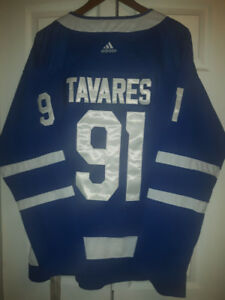 #91 - Tavares - New - Toronto Maple Leafs - New and Stitched