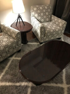 Modern Gorgeous coffee table and matching side table