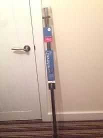 Metal curtain pole