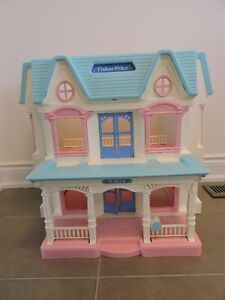 FP Folding LOVING FAMILY DREAM DOLLHOUSE