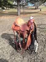 Roping saddle in great condition