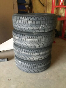 195 65 15 WINTER TIRES AND STEEL RIMS OFF A 09 TOYOTA COROLLA