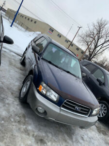 Subaru Forester 2.5XS 2005 - with winter & summer tires on rims