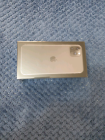 Iphone 11 max pro 64gb on ee swap with note 20 ultra