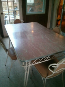 Unique Retro table and chairs