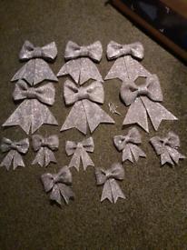 Grey bows
