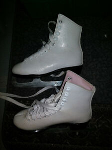 Girls Size 2 Lange Galaxy Figure Skating Skates - White Lace Up