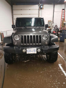 2014 Jeep Wrangler Sport Unlimited SUV, Crossover
