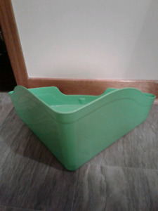 Large Litter box guinia pigs rabbit free delivery