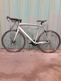 **SPECIALIZED LANGSTER** SINGLE SPEED BICYCLE (MINT CONDITION)