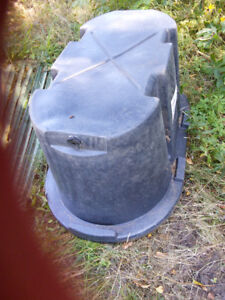 livestock/horse water trough, electric roof ice melter