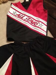 Cheerleader costume size 8 girls(child's)-Pom poms included