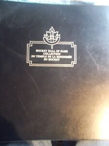 1983 HOCKEY HALL OF FAME POST CARD COLLECTION 240 CARD SET