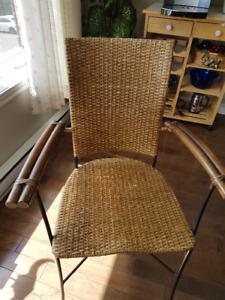 Table et chaises cuisine ronde
