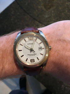 Beautiful, Classically Styled Mens Citizen's Watch For Sale!
