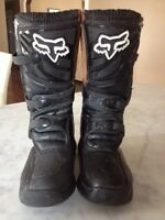 Brand new Fox boots size 4
