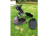 Quinny buzz travel system loaded with extras