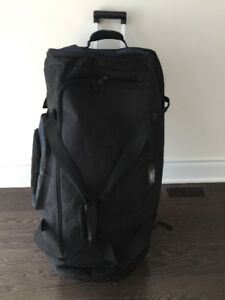 CalPak California Pak Suitcase/Luggage/ travel / trolley bag