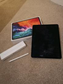"""Ipad Pro 12.9"""" 4th Generation 256GB WIFI & Pencil"""