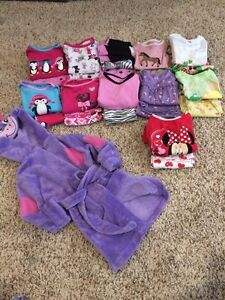 Excellent condition. Size 2/3 pajamas and robe