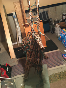 Outdoor Christmas Reindeer (Wood) w/ Attached Lights