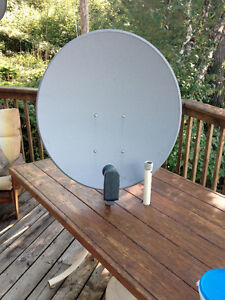 "33"" - 80CM FTA Satellite Dish - Used In Good Working Condition!"