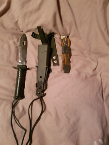 Couteau de chasse multifonction