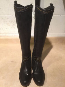 Women's Tall Leather Heels Size 6 London Ontario image 2