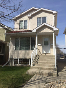 3 Bdr Upper suite just steps away from downtown avail Oct.1