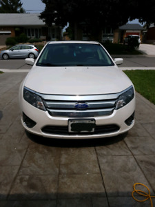 2012 ford fusion SEL with new tires