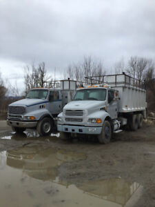 STERLING LT9513 RECYCLING TRUCK