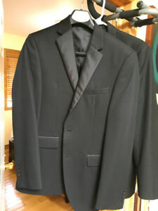 2 Brand new mens dress coats Calvin Klein