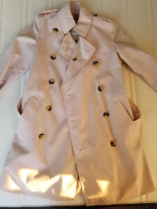 Authentic Women's Burberry Trench coat (Size 4)