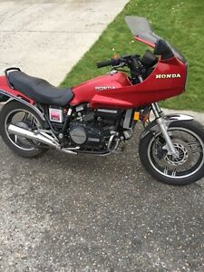 82 Honda 750 sabre for sale or trade
