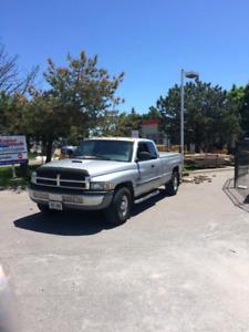 2001 Dodge Ram 2500 Cummins Diesel 2wd